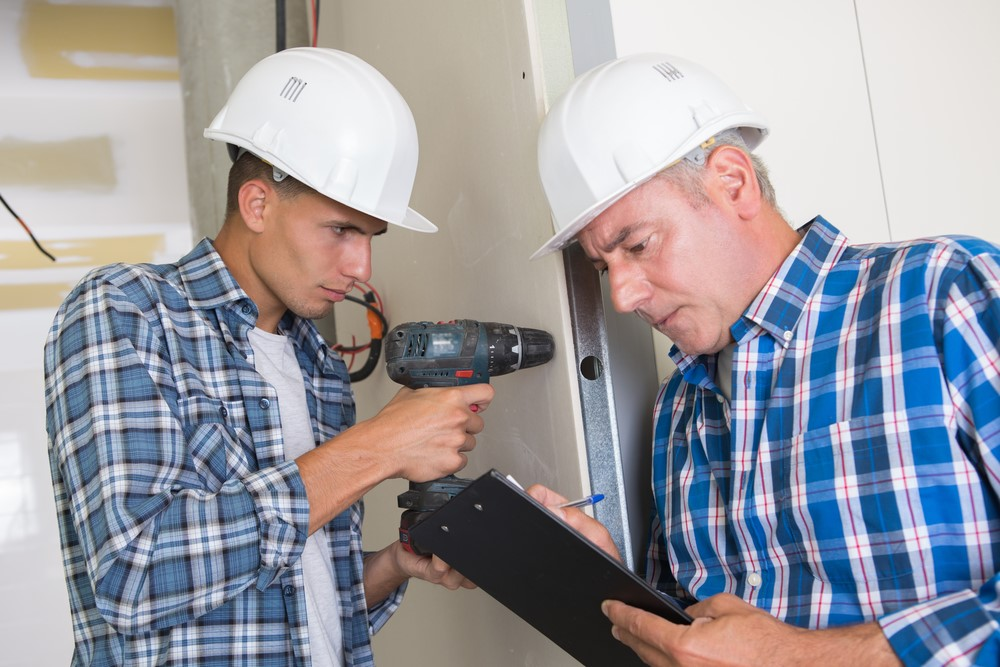 5 questions to ask a general contractor before building for Questions to ask a home builder