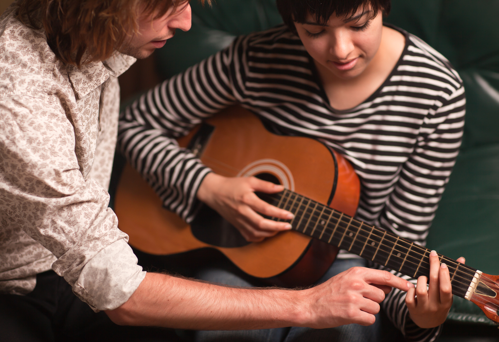 New To Guitar Lessons 3 Popular Songs To Learn First Dea Music