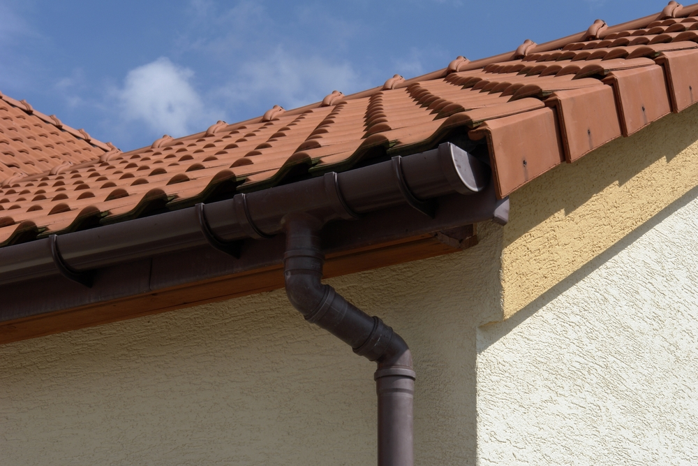 rain gutter installation