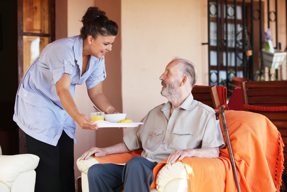 3 Signs Your Parents Need a Home Health Aide - A&T Certified Home ...