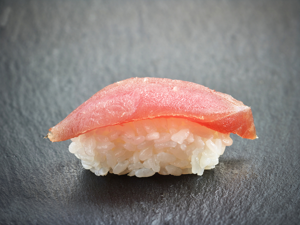 What kinds of fish make the best sushi hatsuhana hawaii for Best fish for sushi