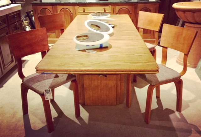 Unique Dining Tables Out Of The Box Lincoln Nearsay