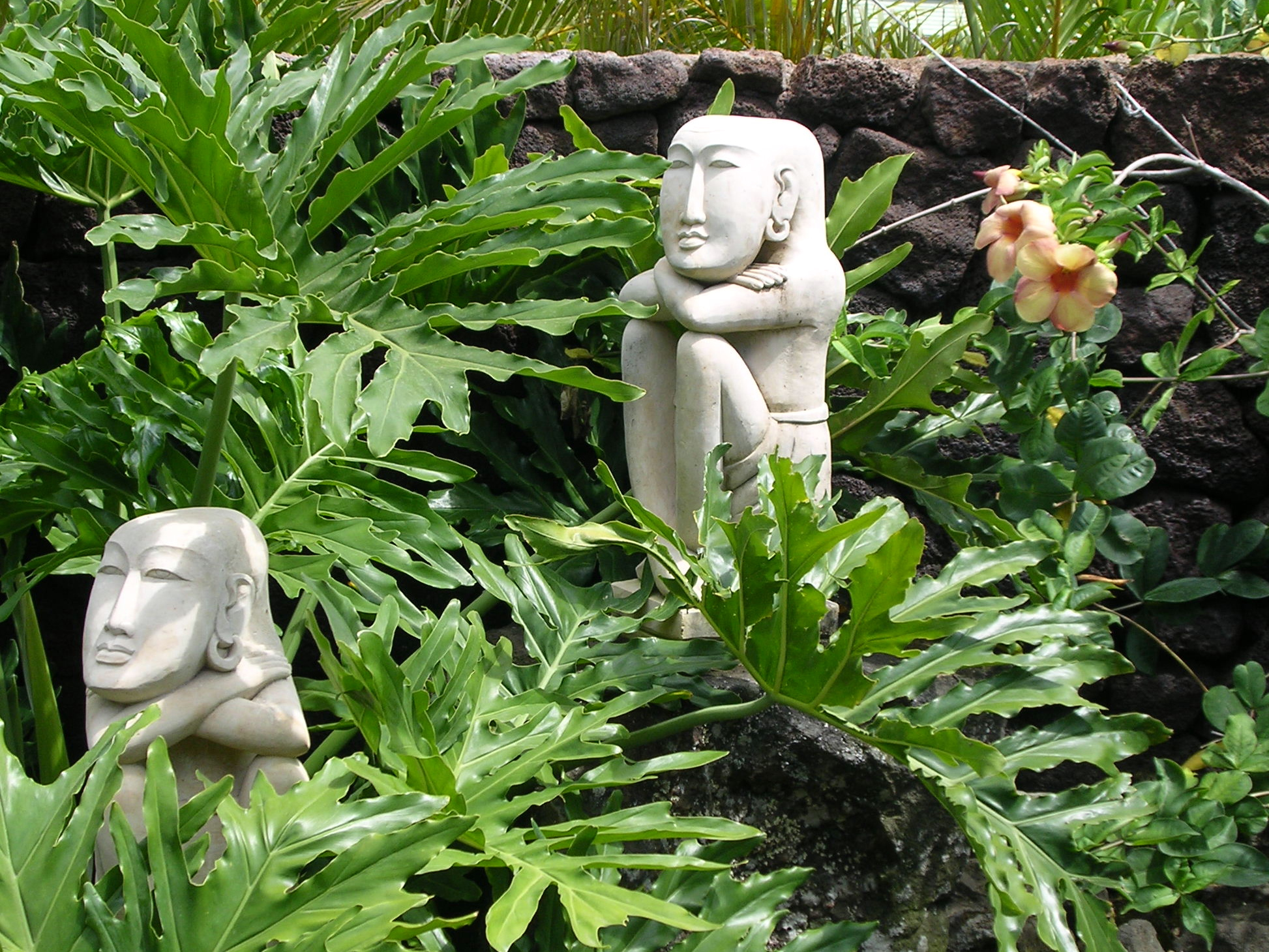 Exotic statues in Hawaii