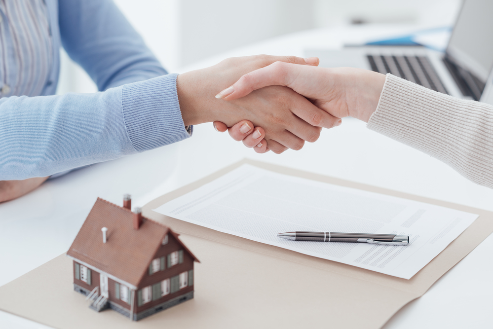 Why You Need a Real Estate Agent When Selling a House in