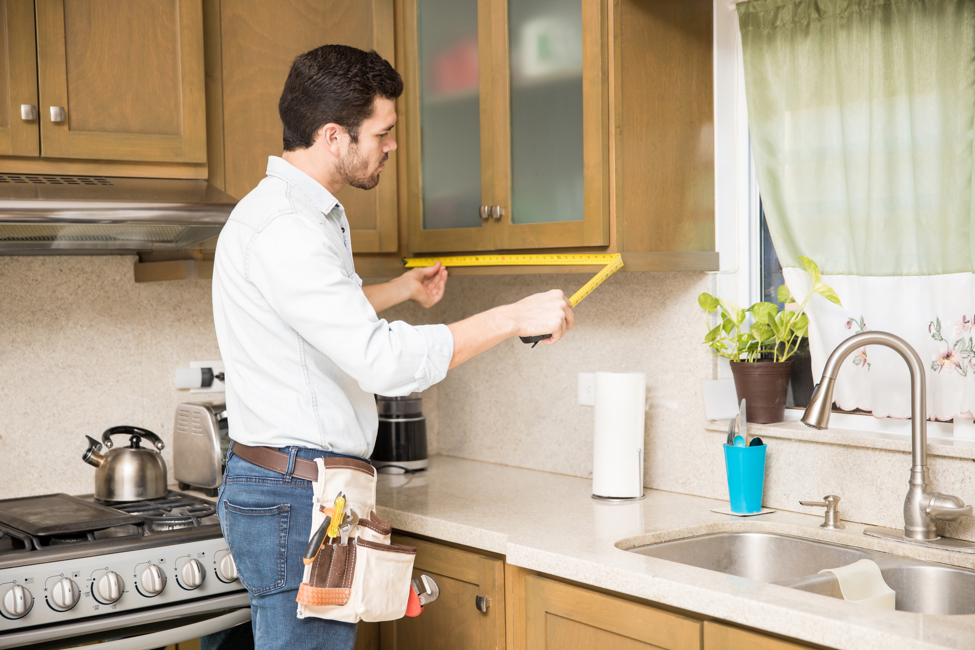 Should You Reface or Replace Your Kitchen Cabinets ...