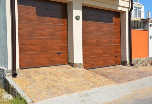 3 Reasons Not To Make A Garage Door Repair A Diy Project Howe