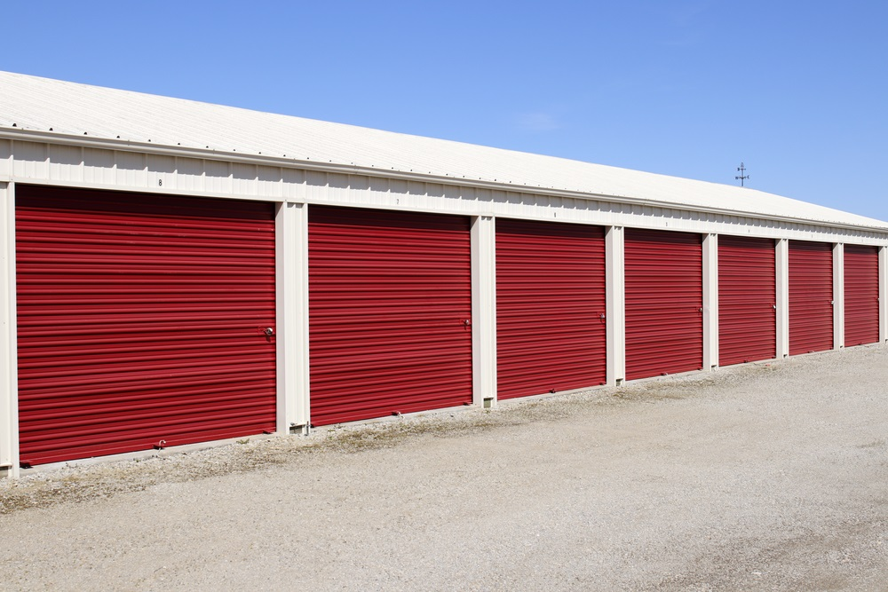 When it comes to storage options a unit rental is an affordable solution. Many facilities offer a full range of sizes so you can choose the unit size and ... & 5 Ways Self-Storage Benefits Military Members u0026 Families - Landmark ...