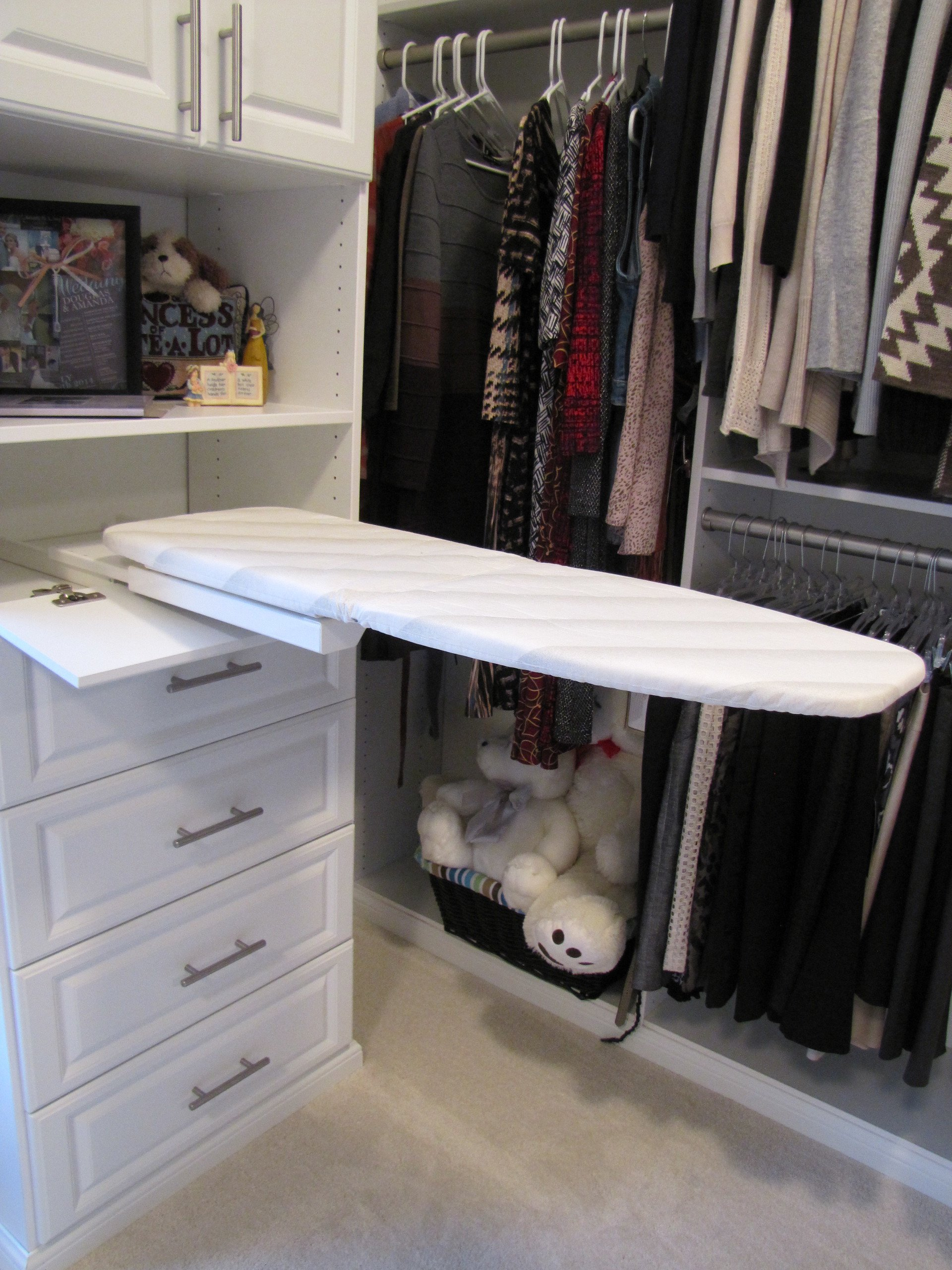 Genial Custom Closet