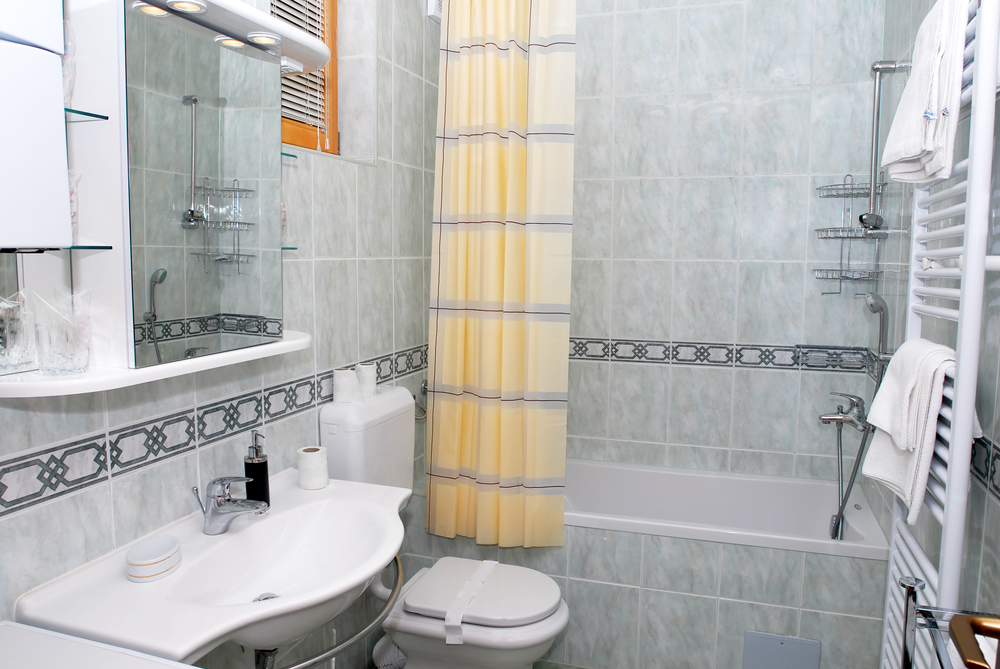 Bath Refinishing Experts Explain Why Remodeling Your Bathroom Is a ...