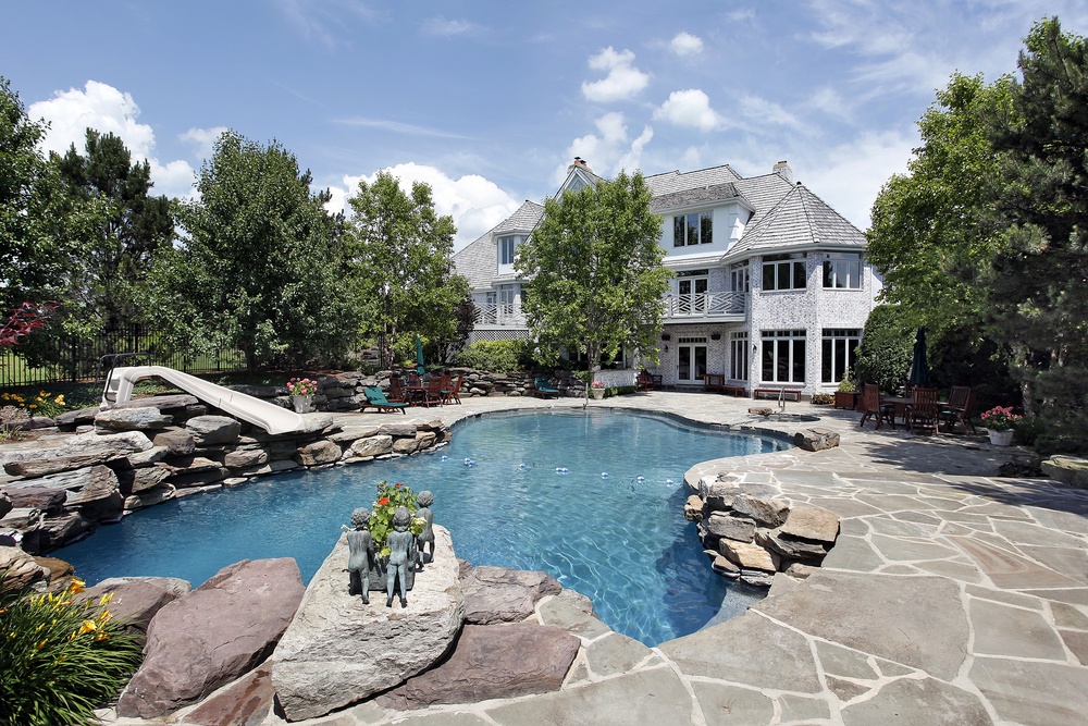 3 Swimming Pool Landscaping Ideas Distinctive Swimming Pools
