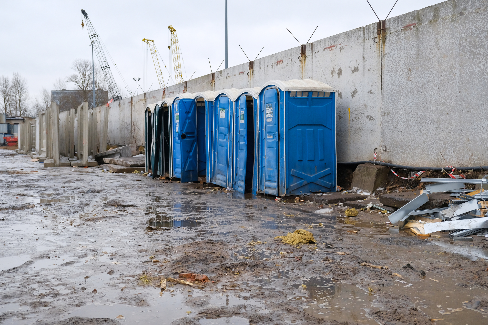 portable toilets Oakley, MI