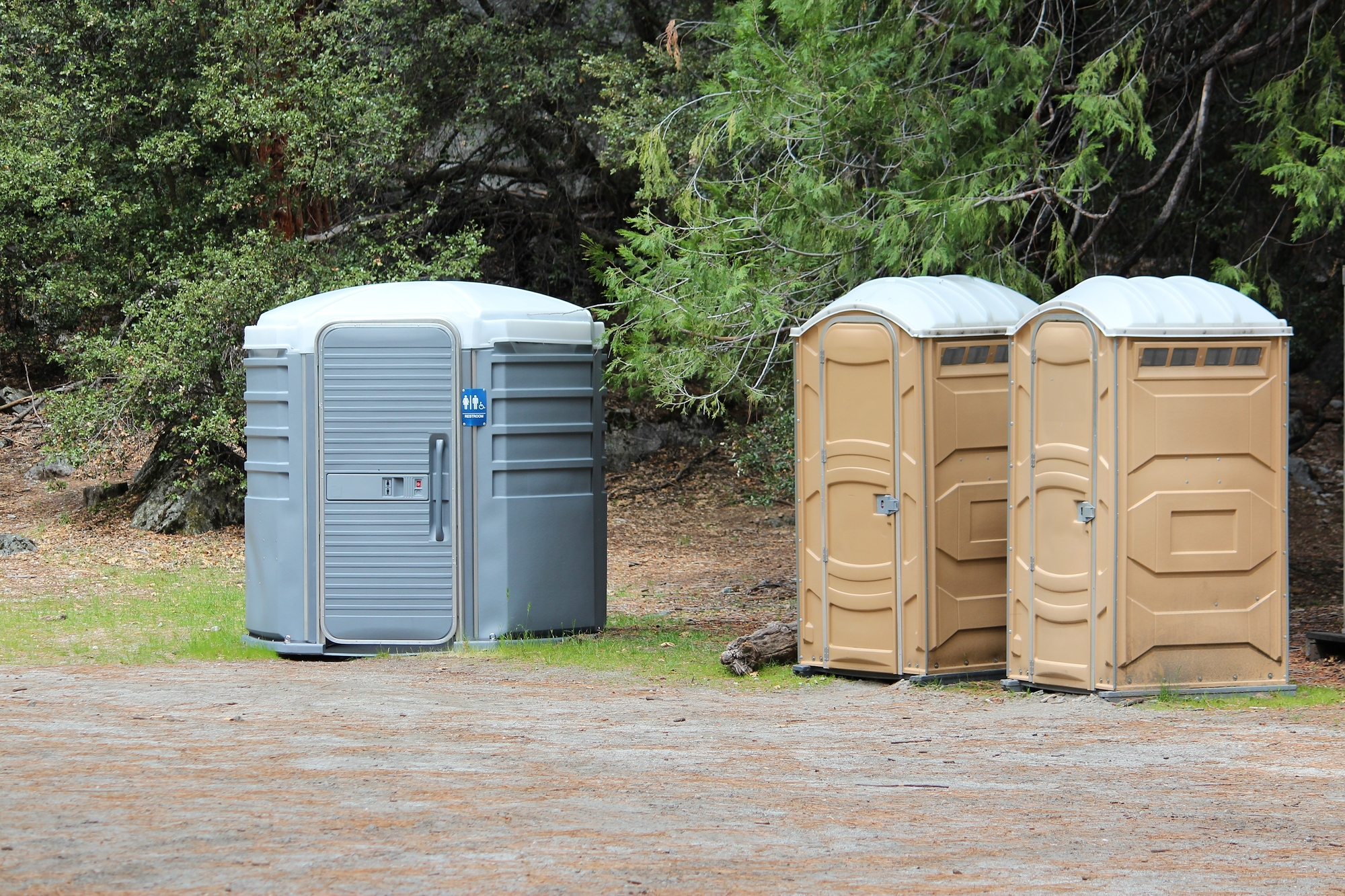portable toilets Oakley, MI