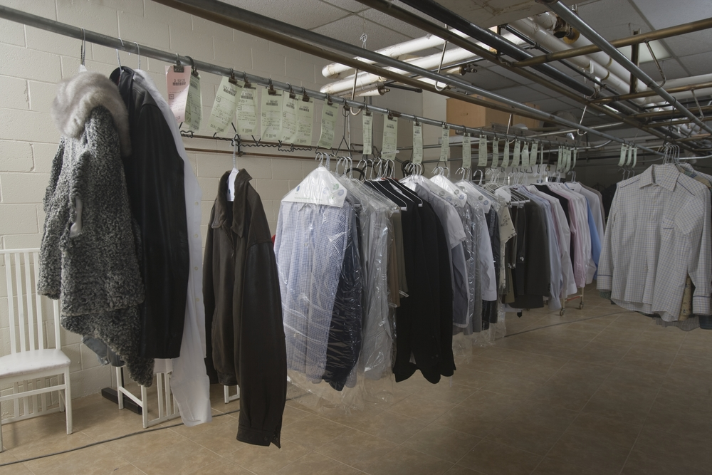 a analysis of the dry cleaning process Although there is an actual steam cleaning industrial process, in the context of carpet cleaning, steam cleaning is, in fact, hot water soil extraction cleaning, which is professionally known as hwe.
