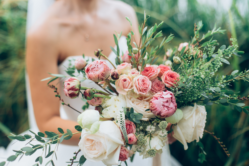 What Flowers Are Best For A Spring Wedding Roaring Oaks Florist