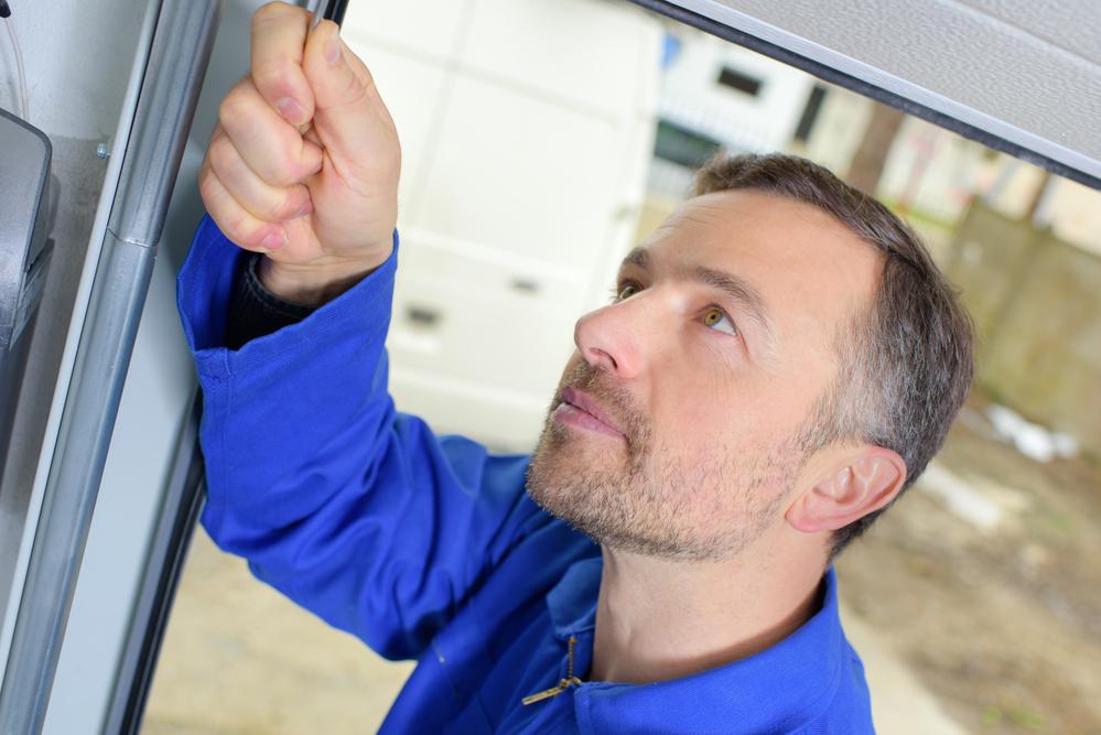 Garage Door Repair Experts Share 3 Common Garage Door