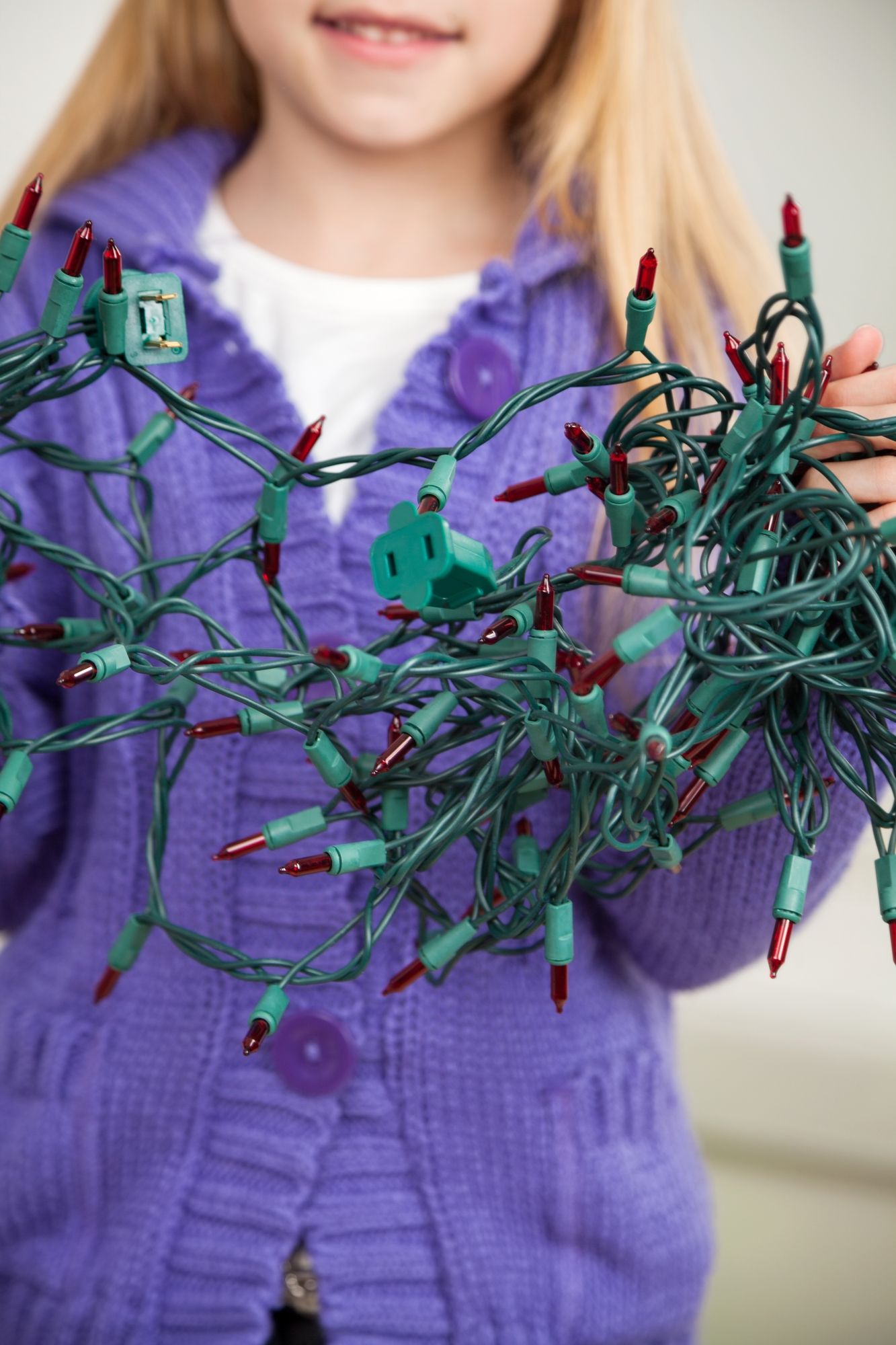 How To Hang Holiday Decorations Without Damaging Your Roofing