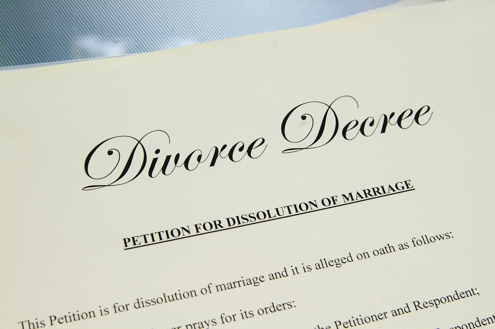 Whats the difference between separation and divorce