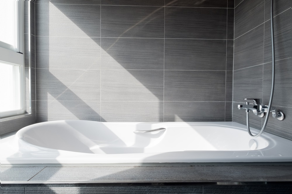Shower Tub vs Walk-In: Which Is Right for You? - Comfort Plus Baths ...