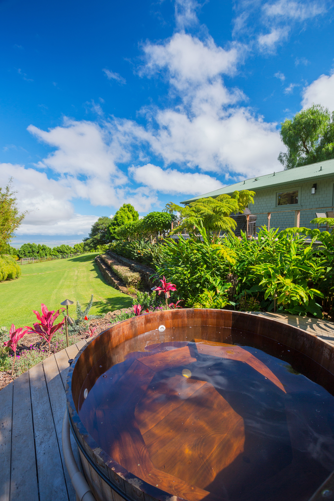 3 Reasons to Hire an Electrical Contractor to Wire Your New Hot Tub ...