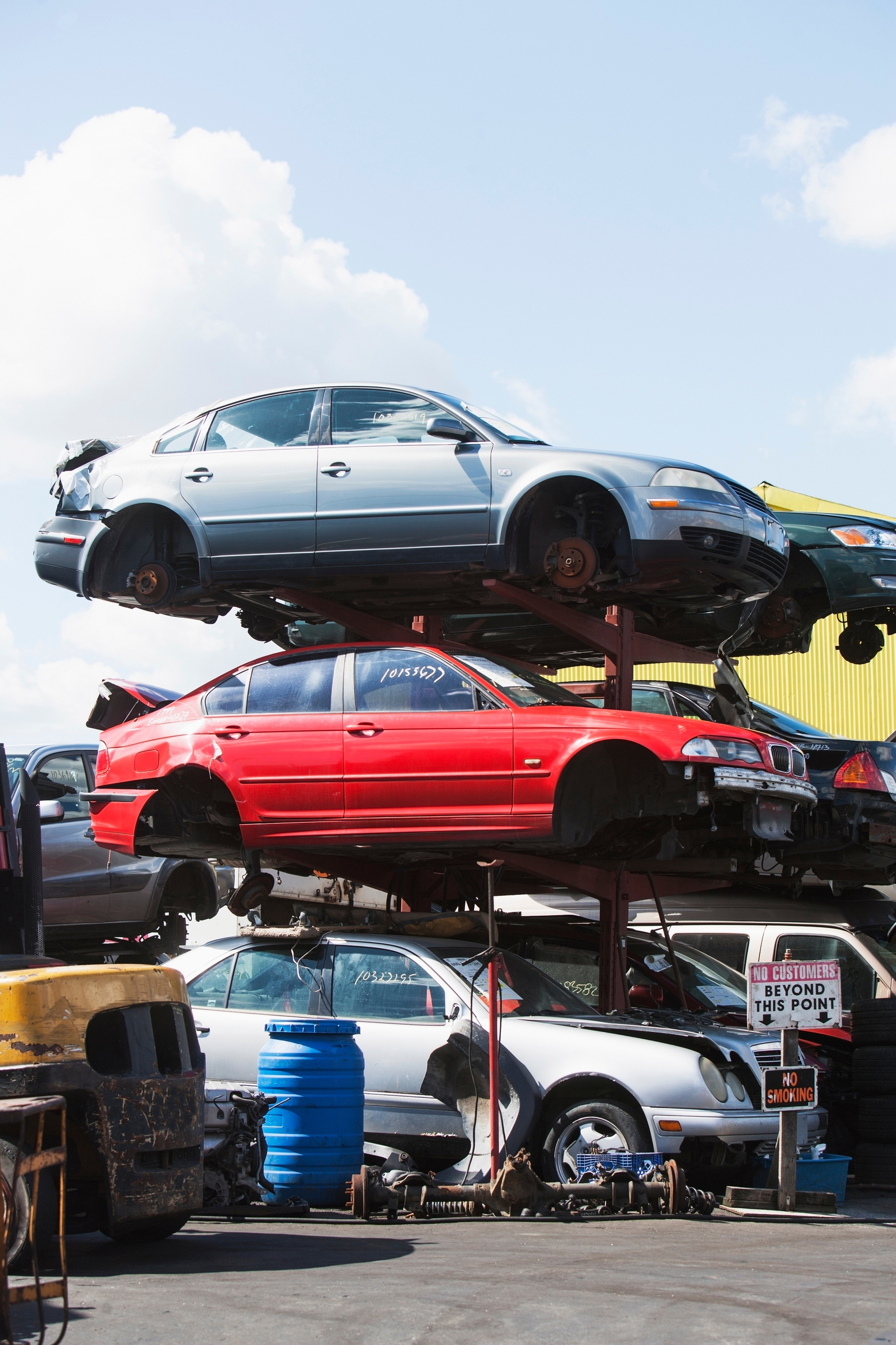 The Do\'s & Don\'ts of Bringing Your Car to the Scrap Yard - Miamitown ...