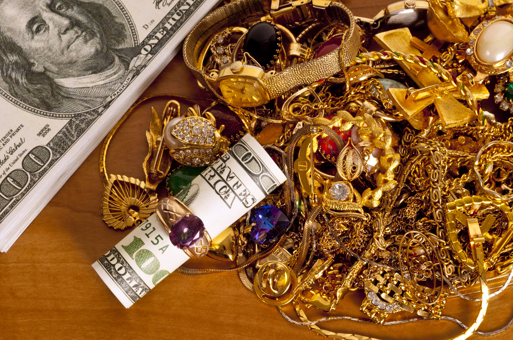 Selling Gold 101: A Guide to Understanding Karat & Quality