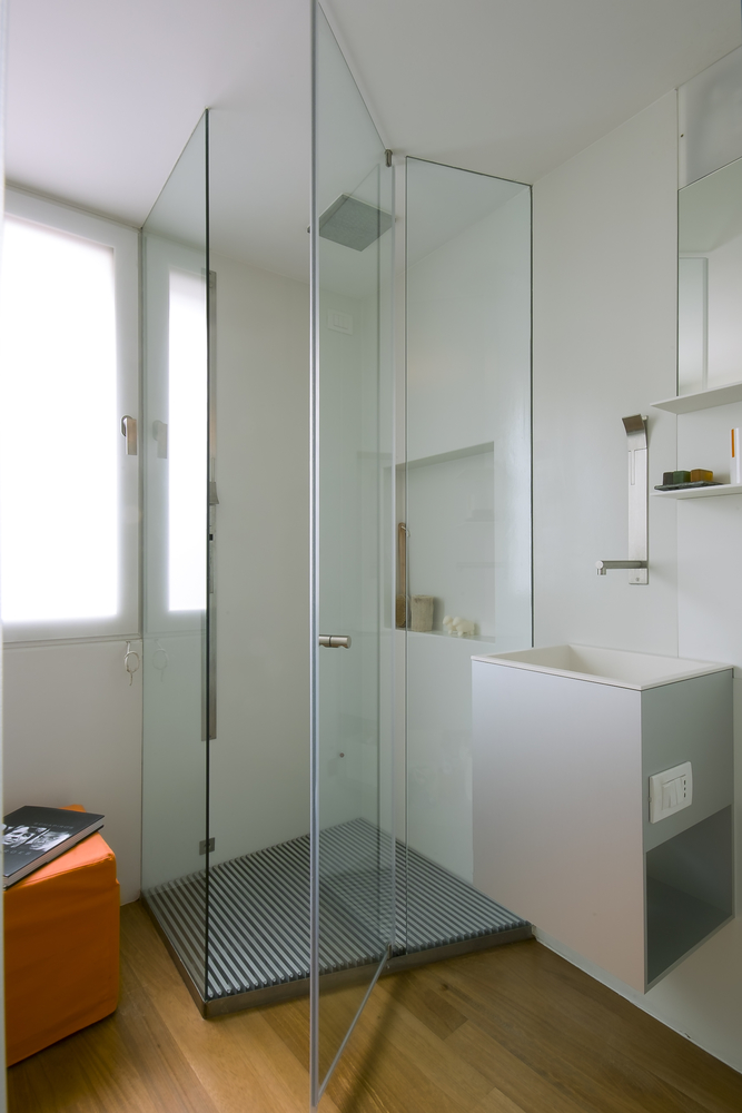 While Tempered Glass Is The Most Common Material Used For Shower Doors Clear Plexiglass And Aluminum Are All Options When Selecting