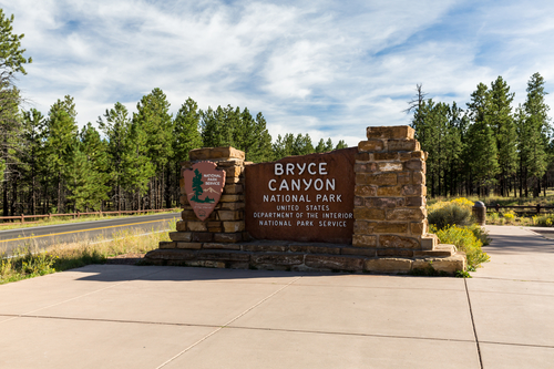 Benefits of Using a Foam-Based Monument Sign - A & M Sign