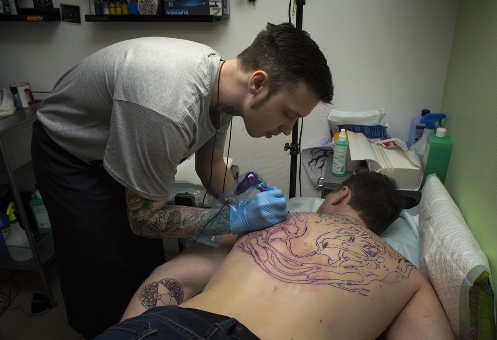 Should You Drink Alcohol After Getting A Tattoo