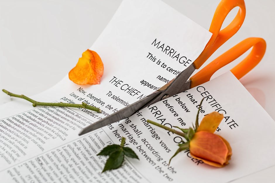 What are the advantages of divorce?