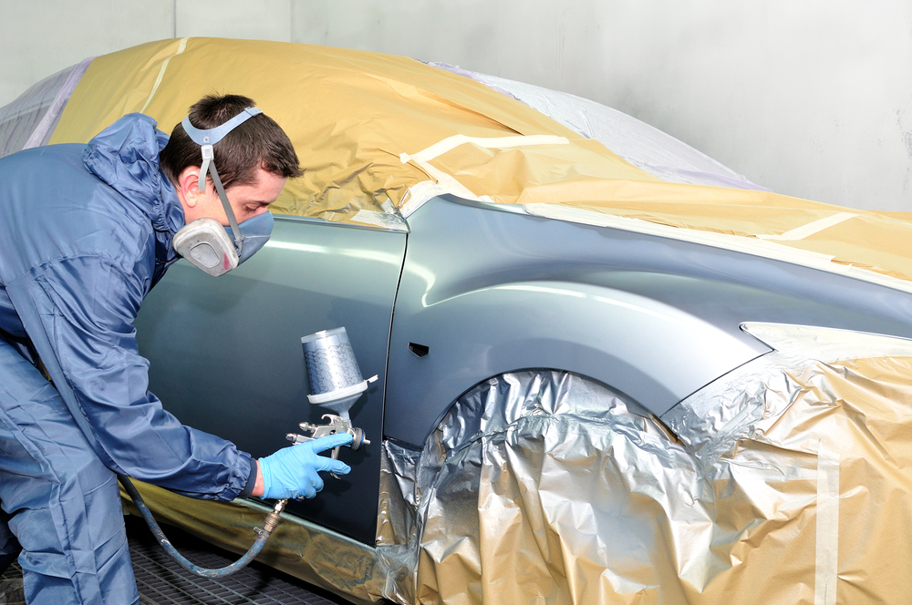 3 auto repairs you should never do on your own freedom automotive body work auto repair solutioingenieria Images