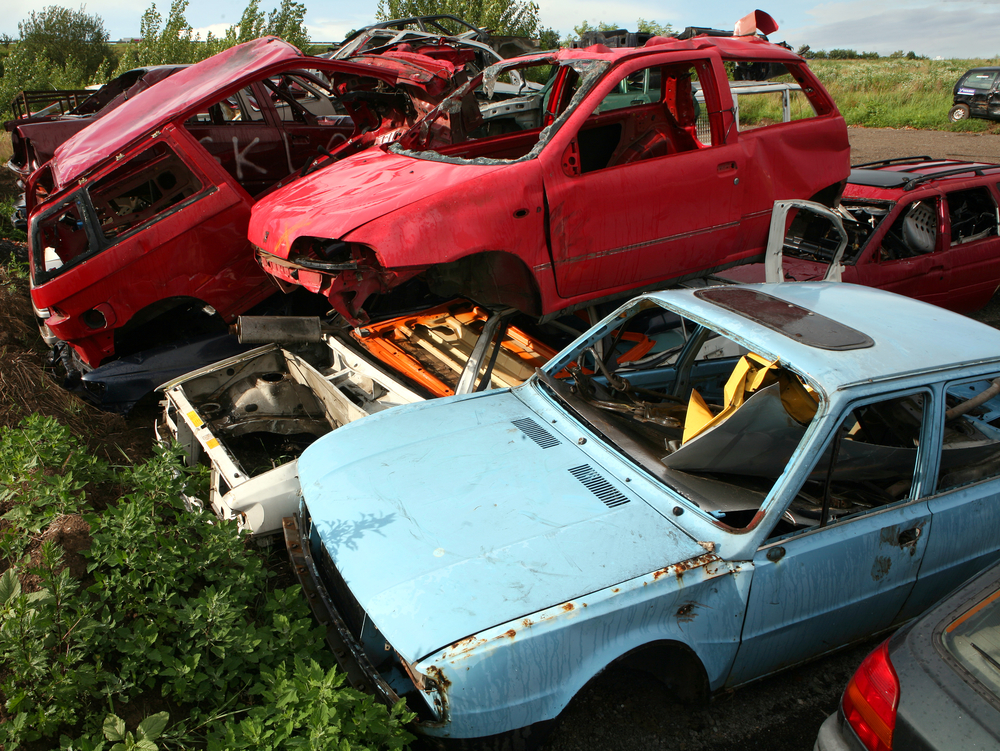 3 Tips for Buying or Selling From an Auto Salvage Yard - Gombach ...