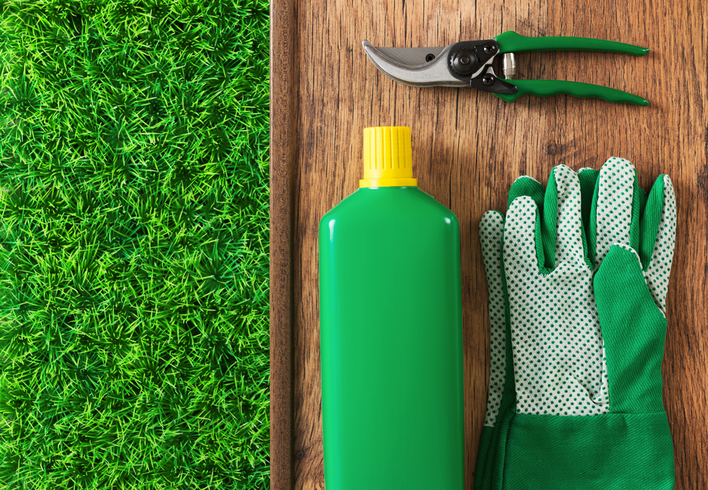 3 benefits of healthy yards from your local lawn care for Local lawn care services