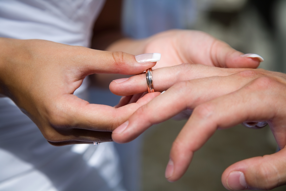 3 Tips For Choosing The Perfect Wedding Ring - Harris Jewelers - St. Charles | NearSay