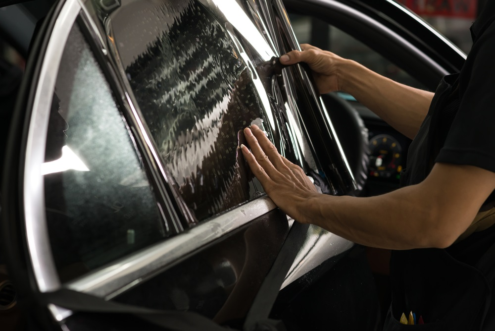 Illinois Window Tint Law >> Illinois Window Tinting Laws For Cars Bi State Glass