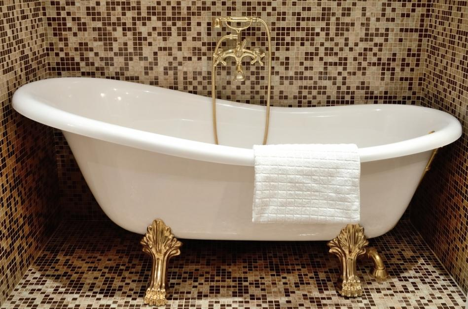 4 Tips for Cleaning Antique Tubs - Porcelain Glaze - Clinton | NearSay