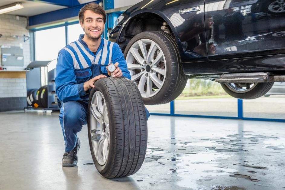 Budget Auto Parts >> On A Budget For Your Vehicle Buy These 5 Used Auto Parts Reitman