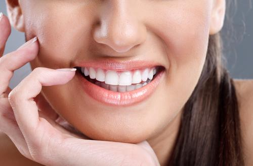 Как правильно выбрать отбеливание зубов