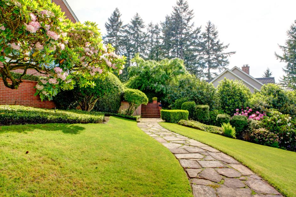 How To Design A Garden Path Through Your Landscaping The Lawn