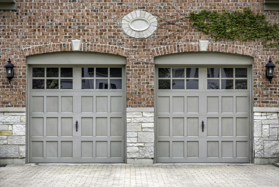 How To Tell If You Need A New Garage Door Garage Door Service