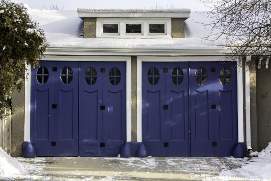 3 Garage Door Issues To Watch For This Winter Superior Overhead