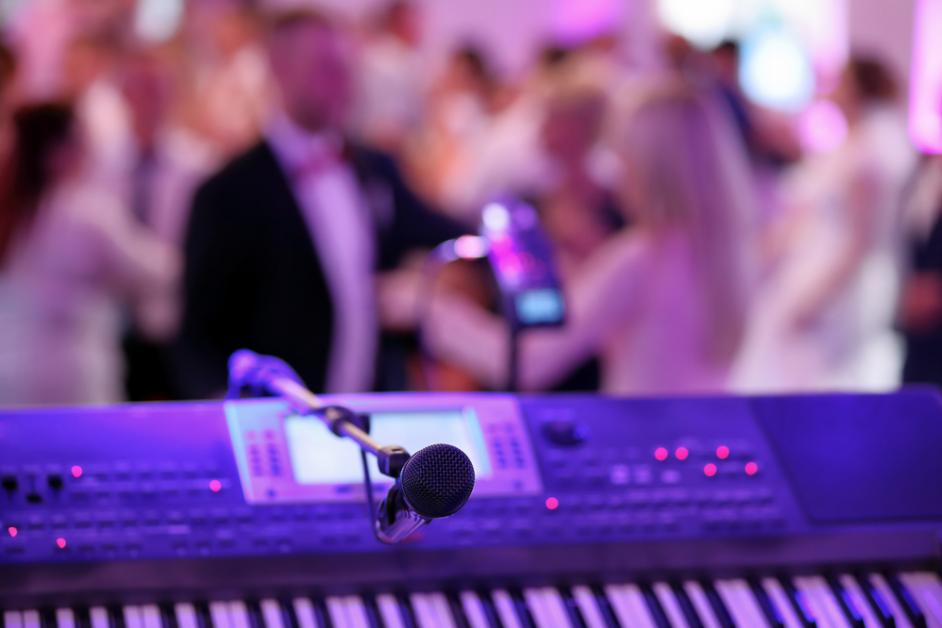 5 Go To Questions For Wedding Reception Djs Bands Royal Palm