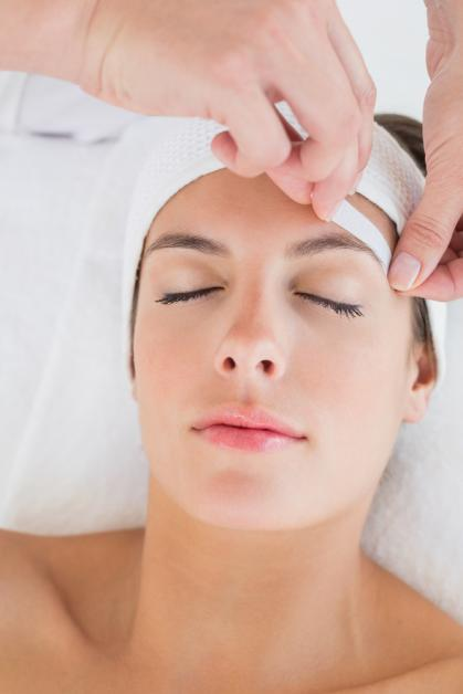 Eyebrow Waxing FAQs: How Often You Should Have It Done ...  Waxing
