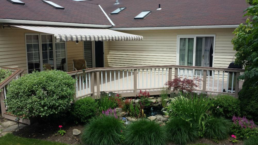 3 Undeniable Reasons That New Garage Doors & Awnings Add ...