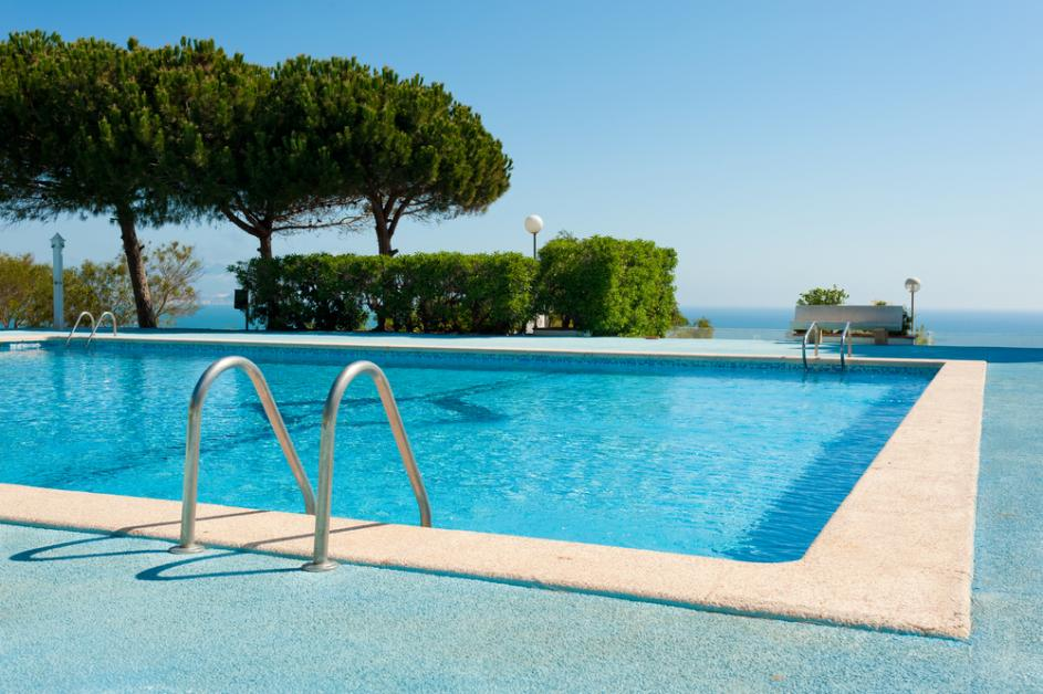 A Run-Down on the Different Types of Swimming Pools - Neat ...