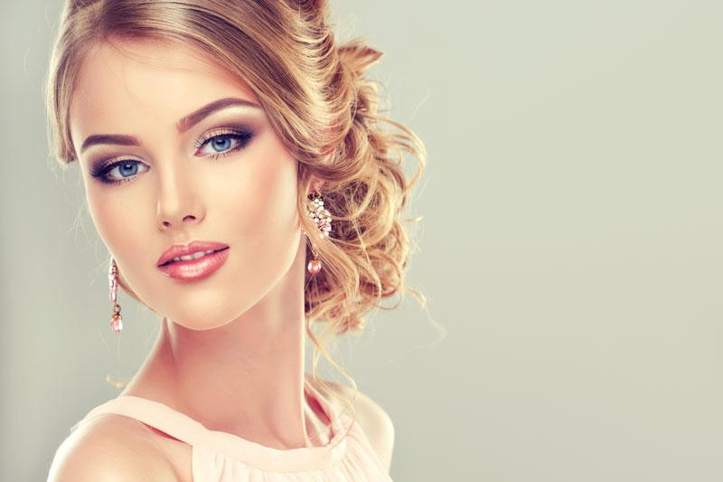 Treat Your Wedding Party to Makeup & Hair at Lincoln\'s Best Spa ...