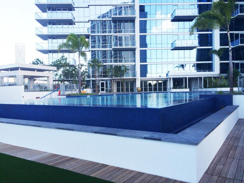 Another beautiful pool by Pacific AquaScapes for luxury ...