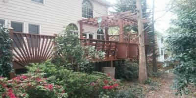 General Contractor, American Craftsman Renovations provides, Custom Decks in Atlanta, Atlanta, Georgia