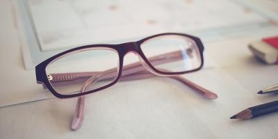 Optometrist Explains 3 Signs You Might Need Glasses, Ewa, Hawaii