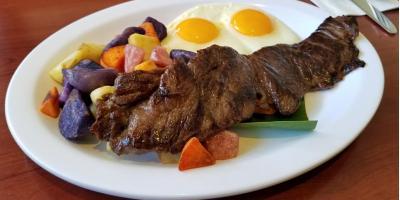 3 Reasons Meat-Lovers Flock to Eggs 'N Things for Breakfast, Lunch, & Dinner, Honolulu, Hawaii