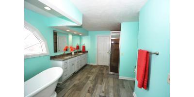 Allison Master Bathroom, Alliance, Ohio